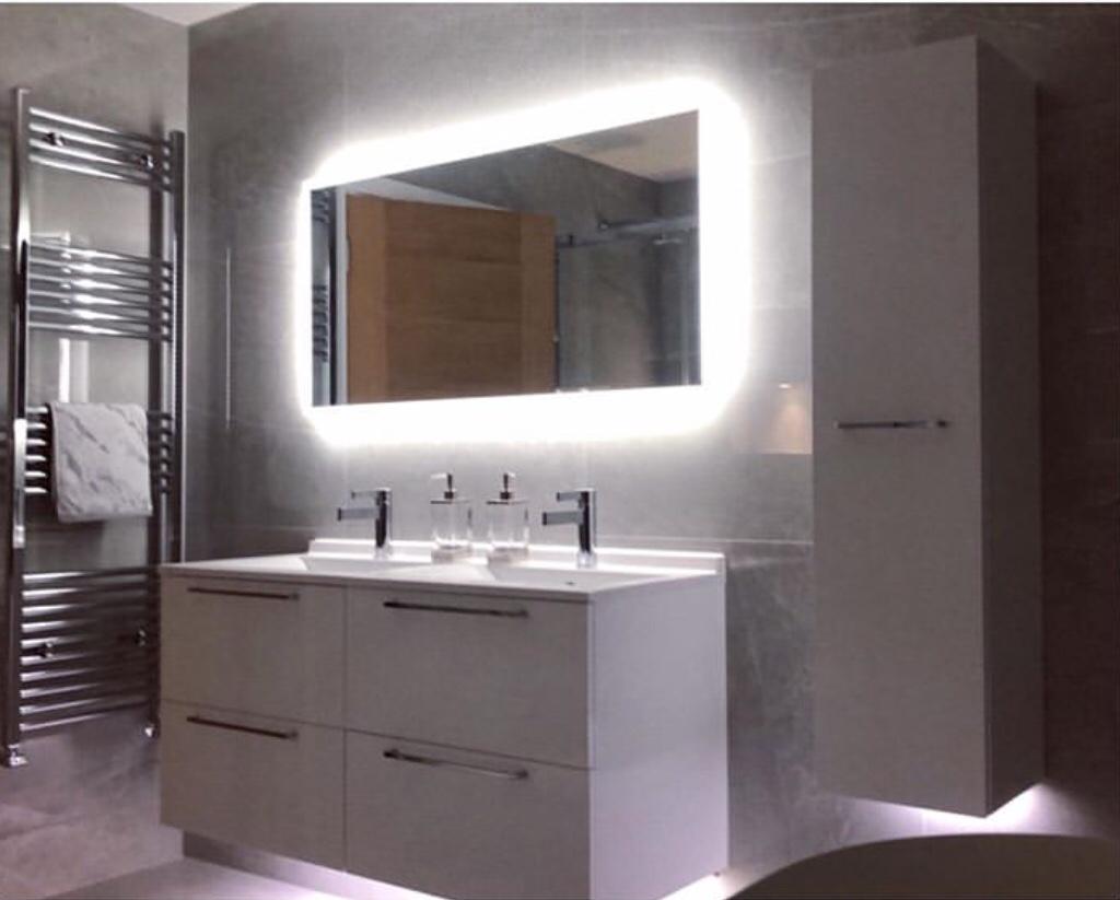 led strip lights for mirror