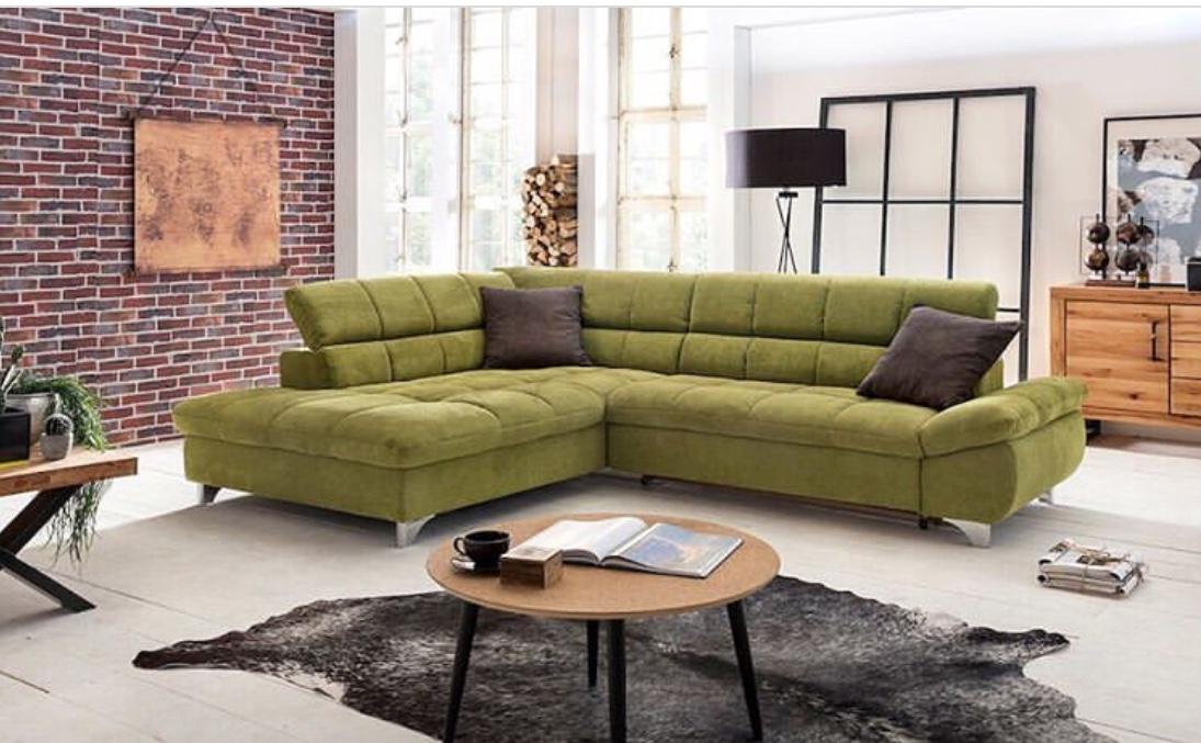 green sofa decor ideas