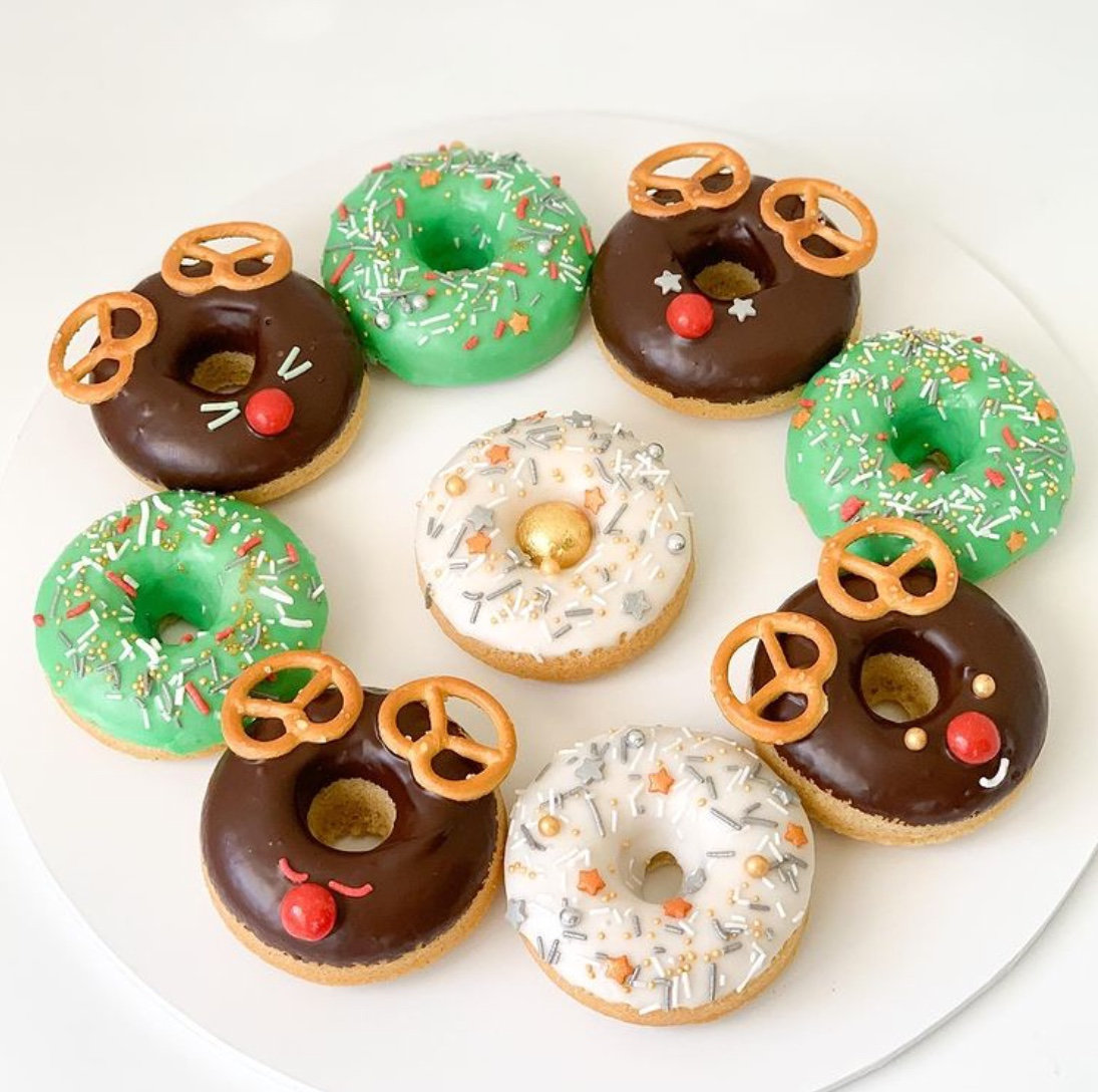 christmas desserts - donuts