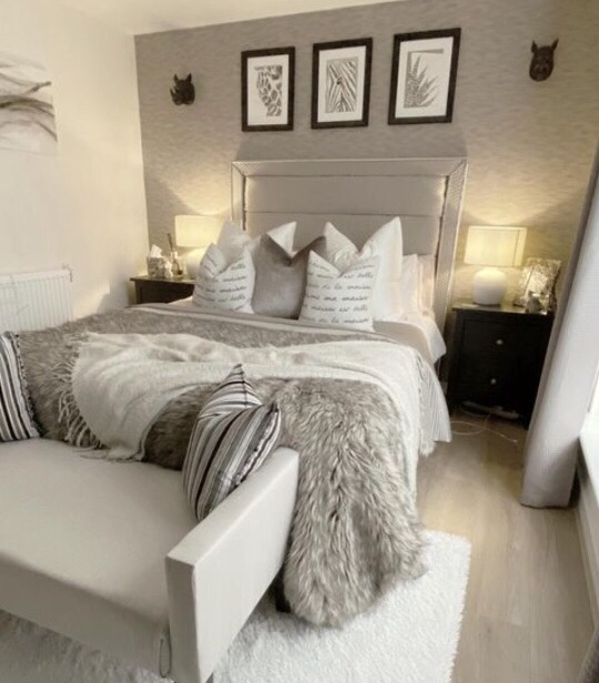 Sofa decor ideas bedroom
