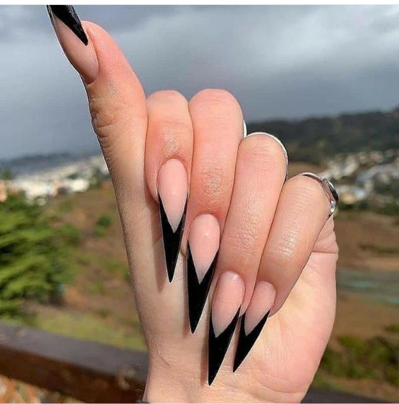 stiletto nails for spring 2021