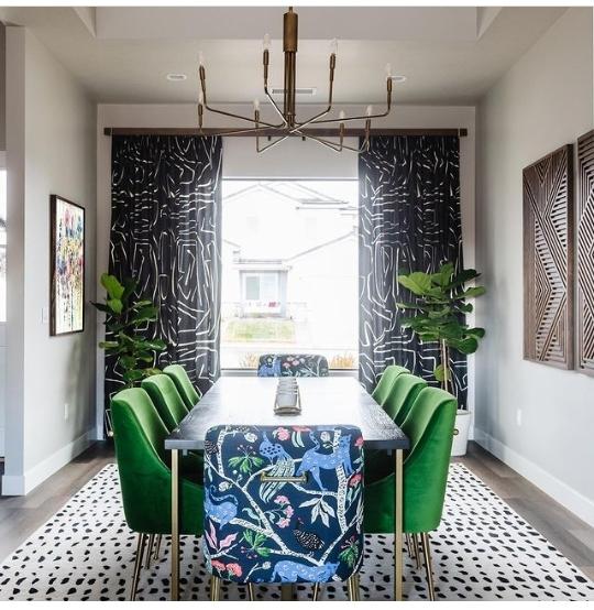 Amazing Green Dining Room